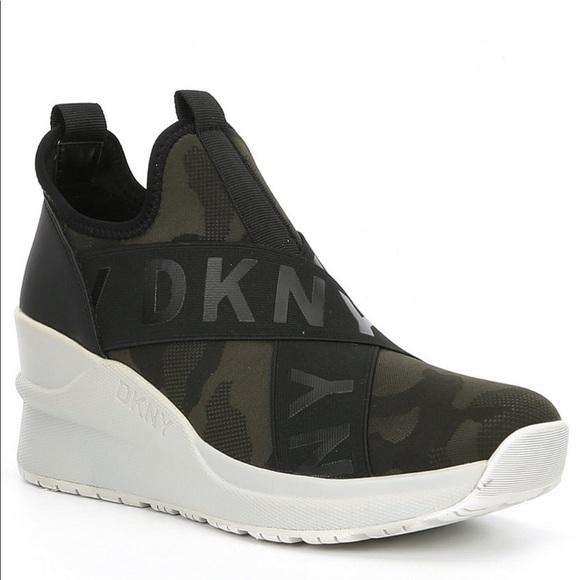 Dkny Leya Camo Wedge Sneakers 8